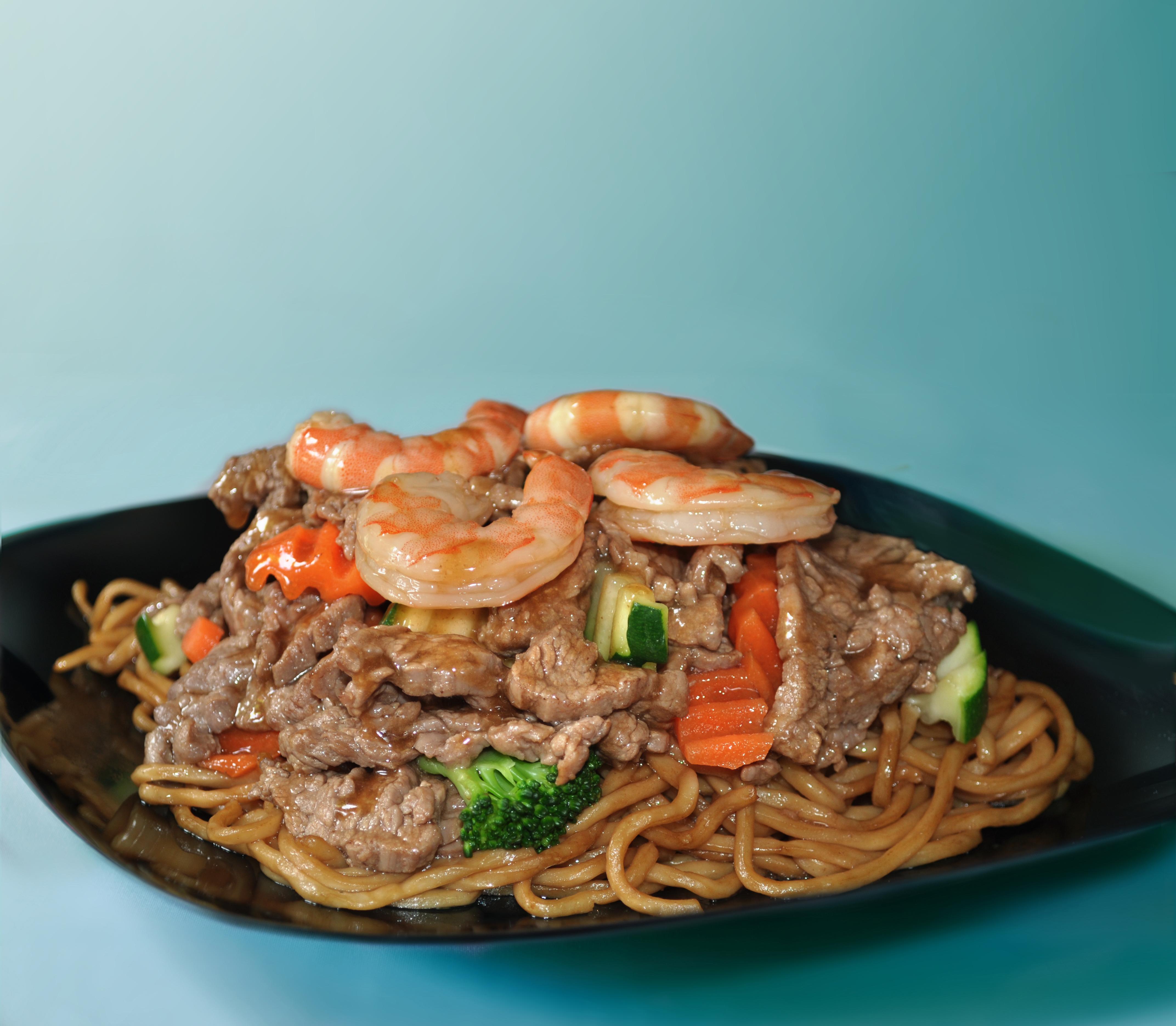 Beef & Shrimp Yakisoba Noodles